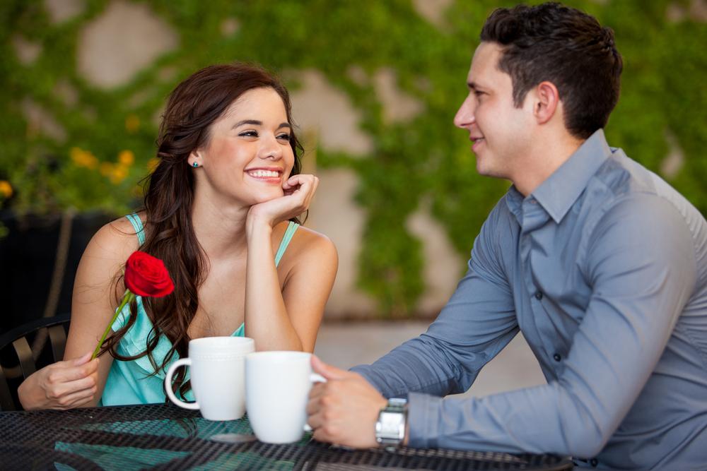 в 1 мужчинами с знакомства 2 женщин