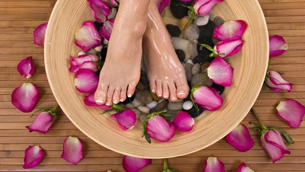 Чтобы ножки не болели: уход за ногами в домашних условиях