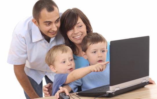 Компьютер и ребенок