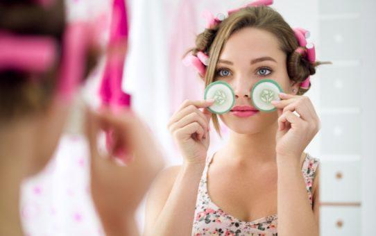 Убираем мешки под глазами: действенные способы