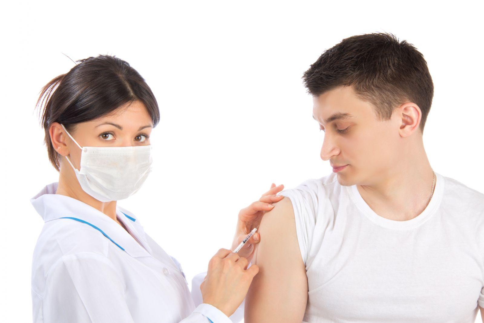 Прививка от гриппа: все «за» и «против»